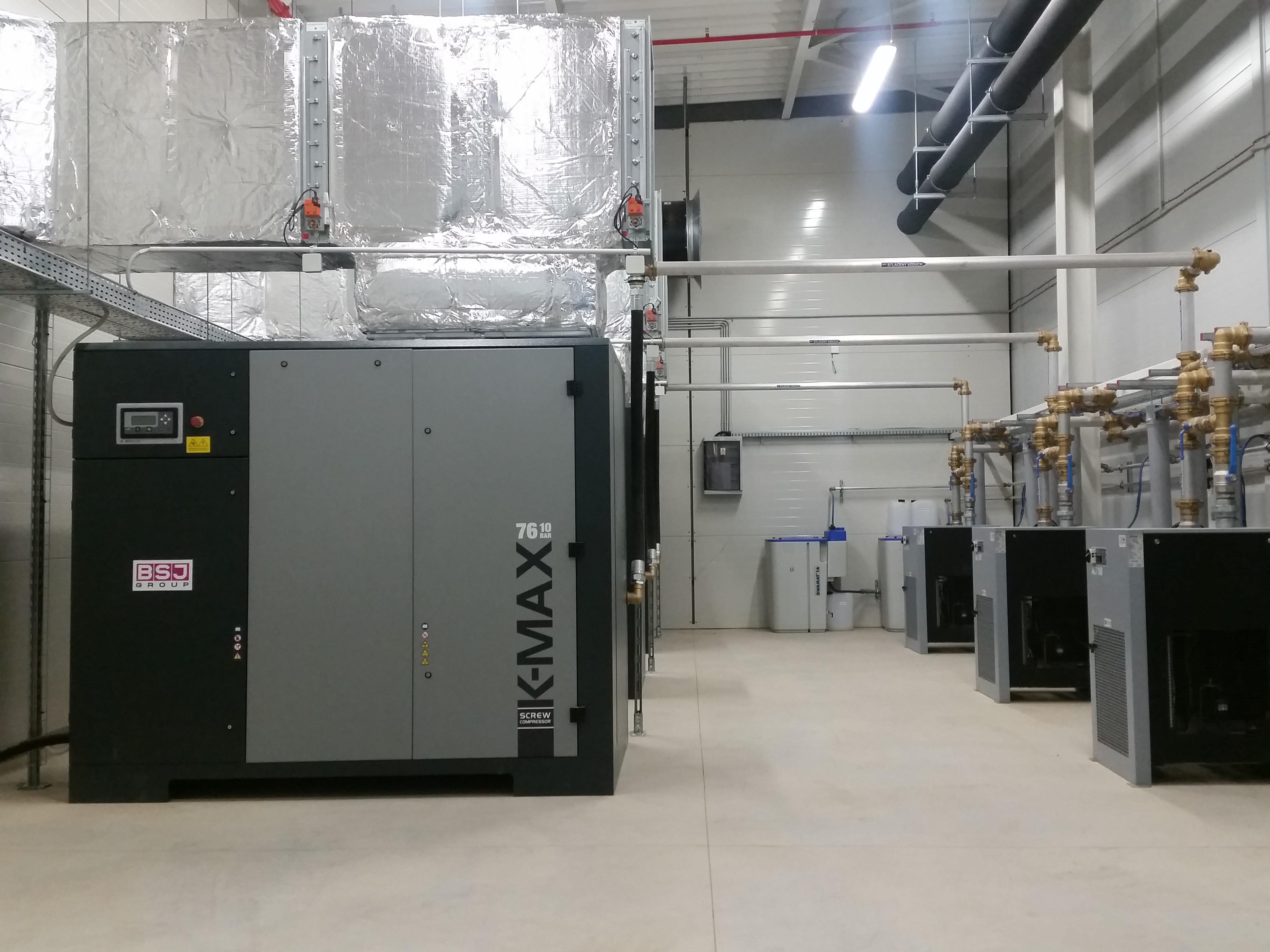 CTP Invest. Cerhovice - kompresorová stanice, 2 x 90kW + 1 x 76kW