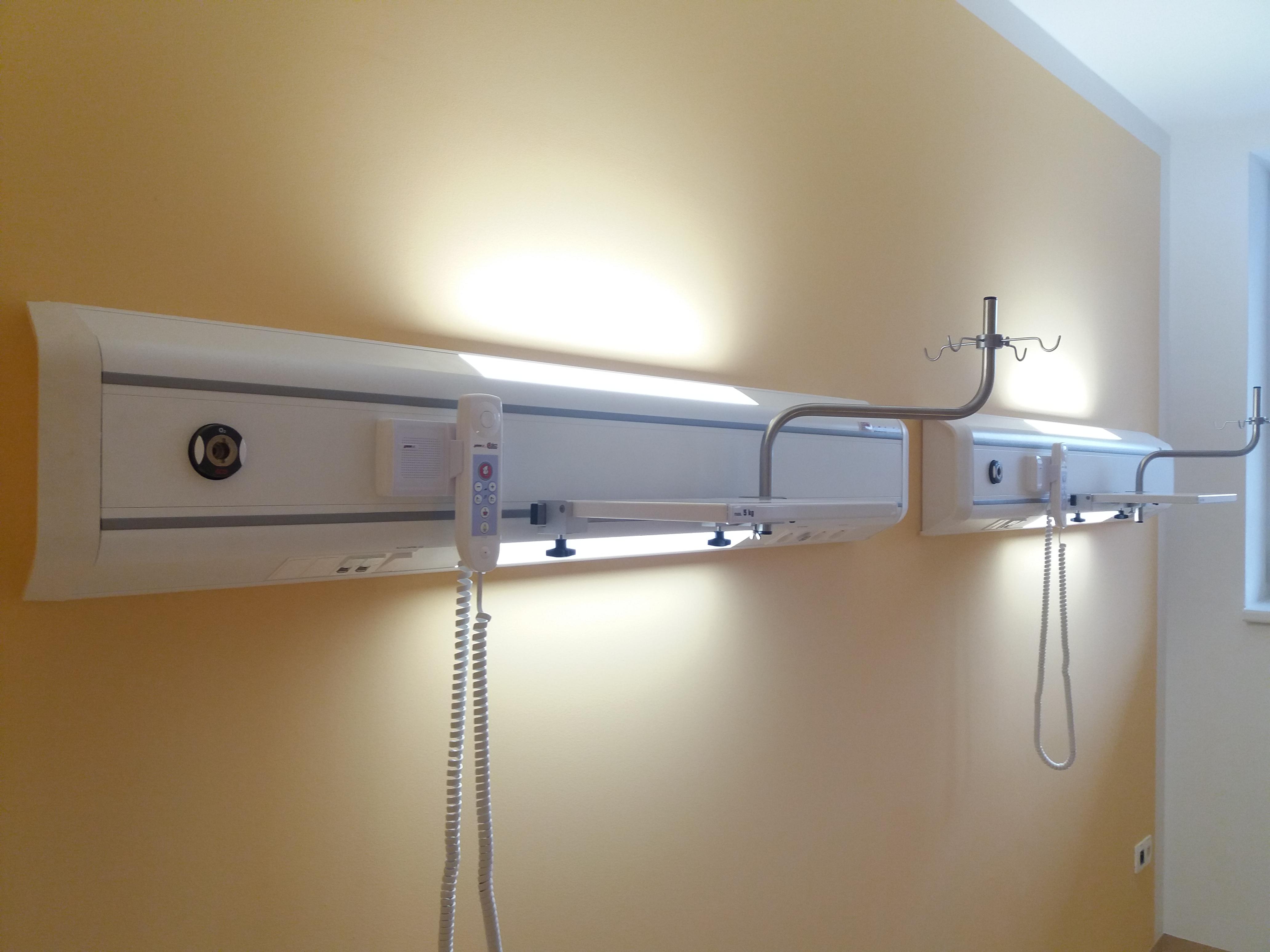 Nemocnice Znojmo - Infekční oddělení. Realizace 2019 N270
